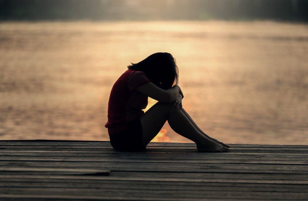 Tunned end juba mõnda aega üksikuna? 8 märki, et suhe on vaid ühepoolne