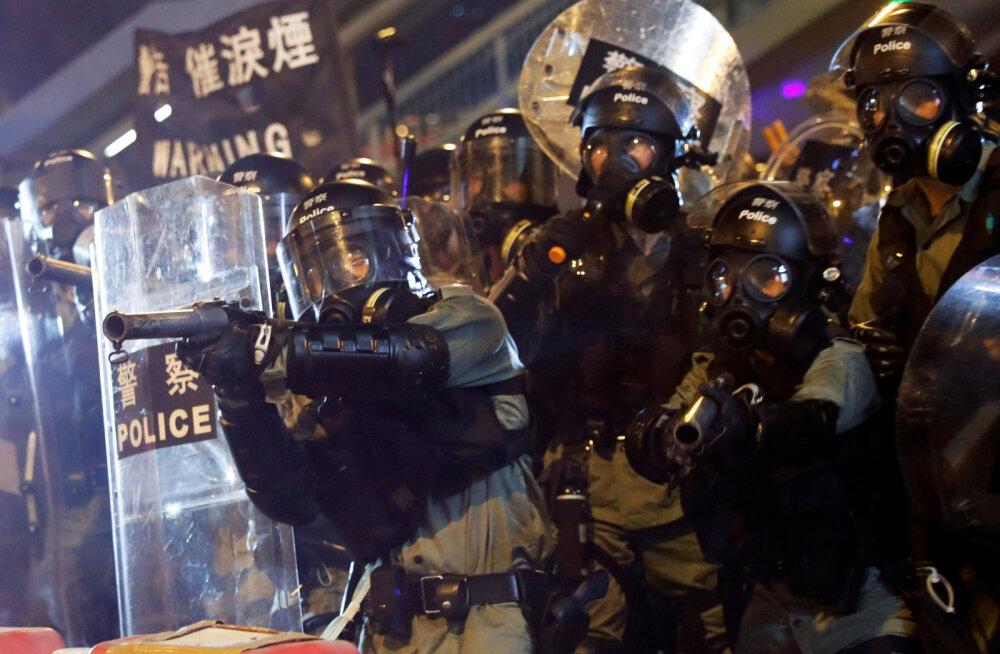 VIDEO | Hongkongi streik tõukas linna transpordikaosesse
