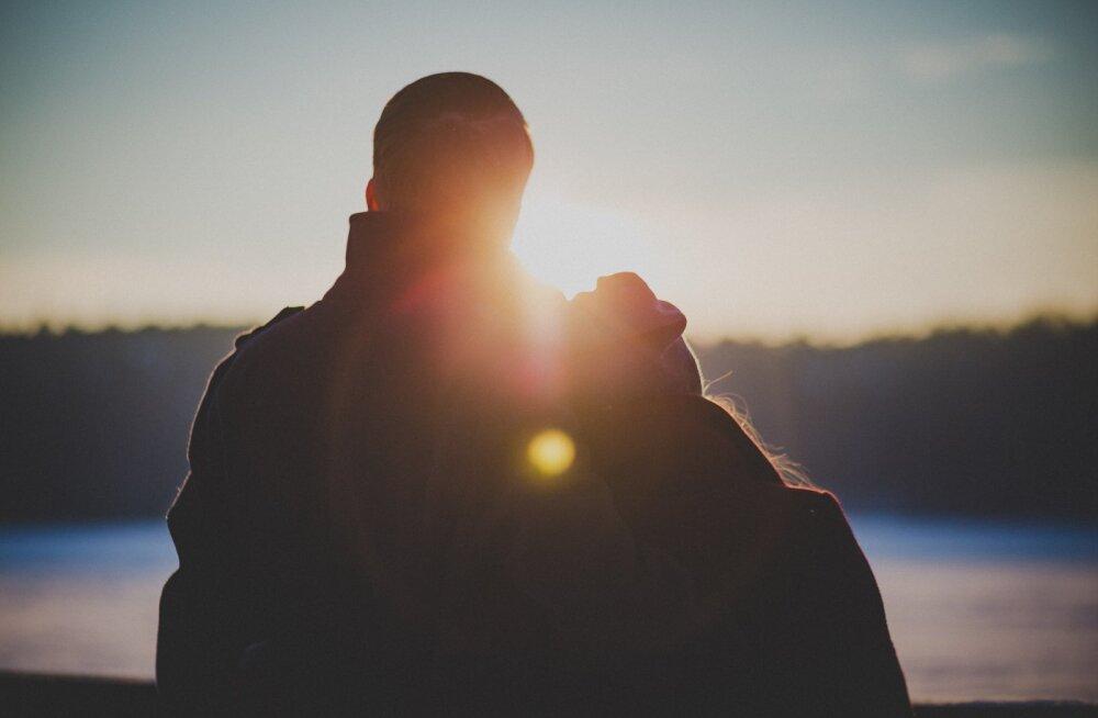 Как не превратить первое свидание в собеседование