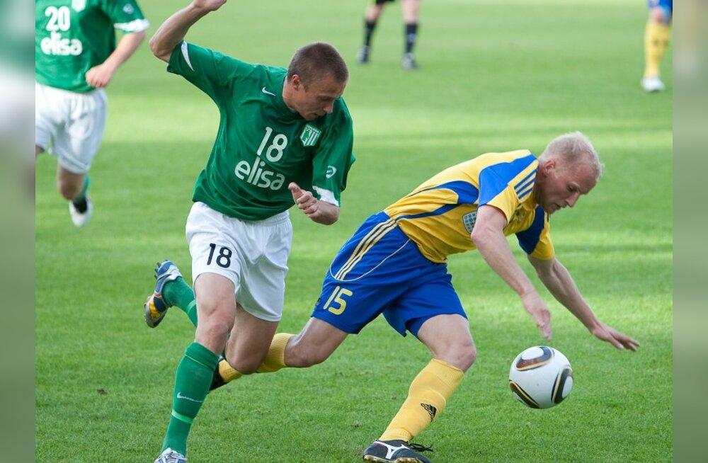 16. vooru sümboolses koosseisus kaheksa klubi mängijad