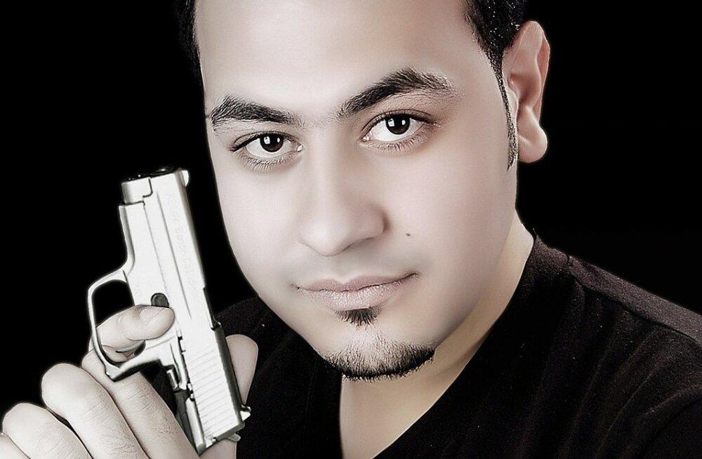 Omad relvad peksavad! Taskust välja kukkunud relva lask tabas meest väga valesse kohta