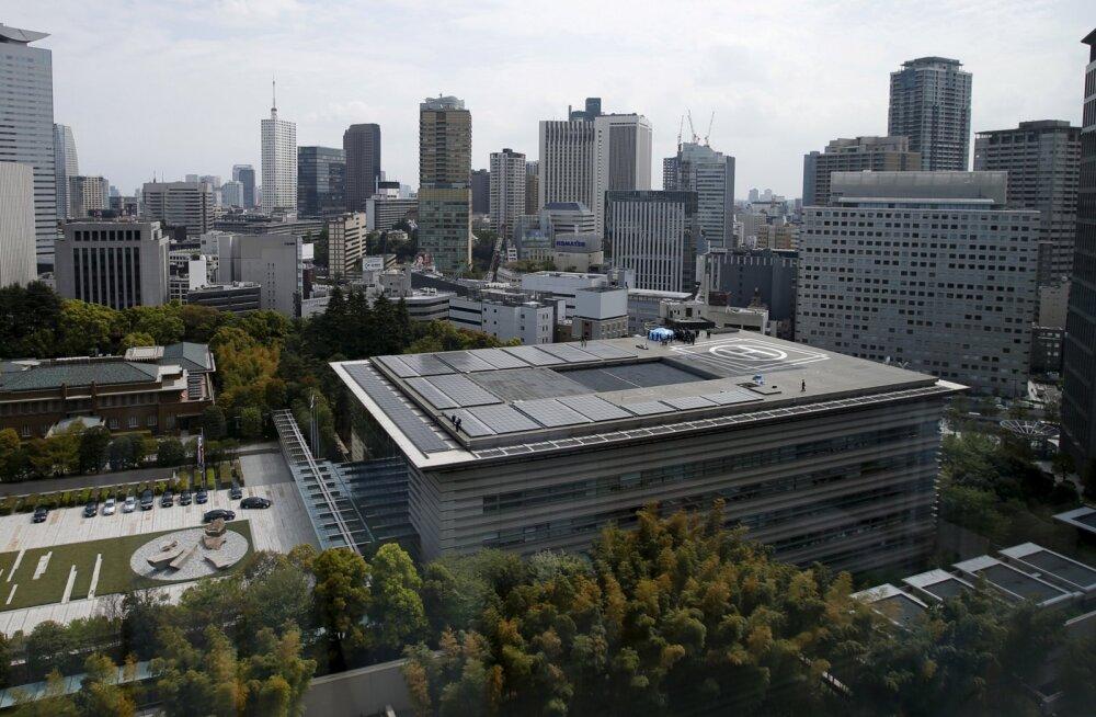 Jaapani peaministrile saabus ootamatult külla radioaktiivne droon