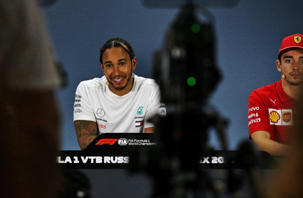 DELFI SOTŠIS | Noppeid F1 pressikonverentsilt: Leclerc selgitas Ferrari omapärast kokkulepet, Hamilton määris venelastele mett moka peale
