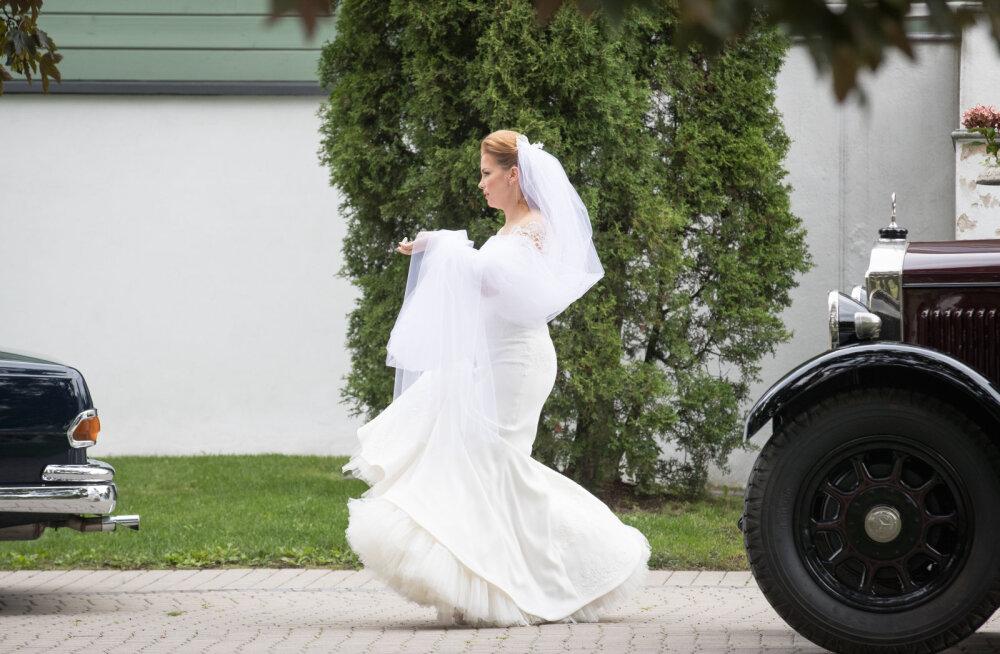 Moekunstnik Kristina Viirpalu: 4 põnevat fakti Luisa pruutkleidist