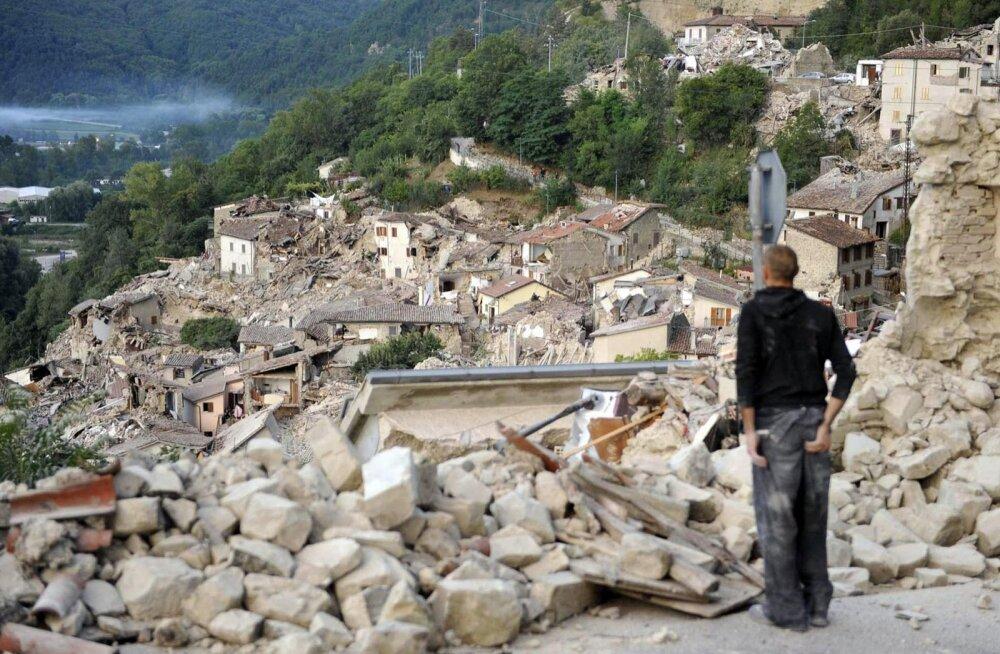 APTOPIX Italy Quake