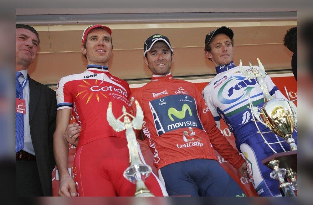 Rein Taaramäe (vasakul) Andaluusia velotuuril kokkuvõttes teine mees, jalgratas