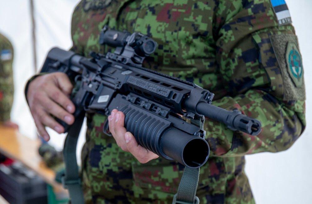 Kaitsevägi tutvustas uut automaatrelva  R-20 Rahe