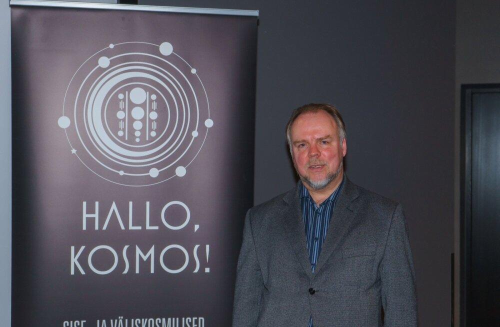 Astrofüüsik Laurits Leedjärv jagab taevaseid teadmiseid erinevates meediakanalites.