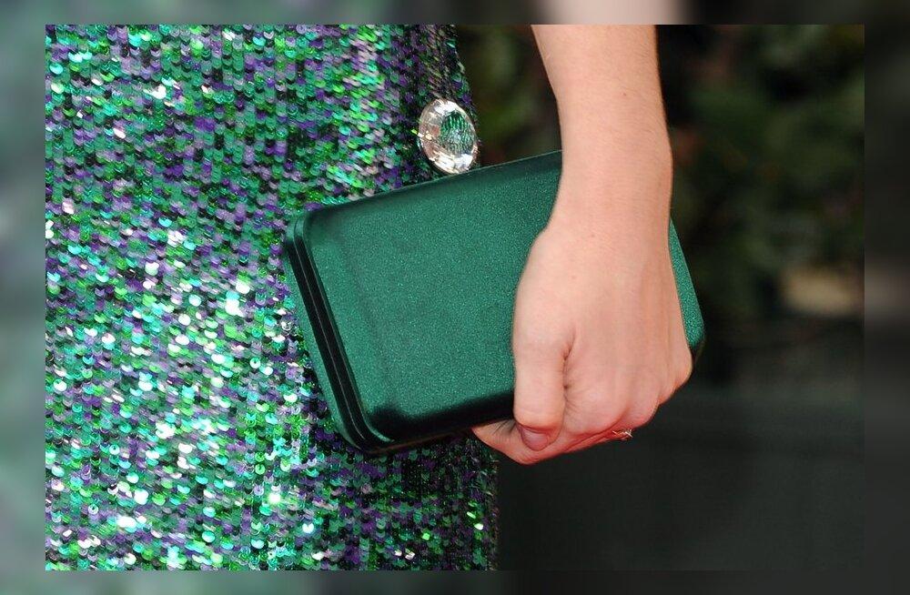 О характере женщины расскажет содержимое ее сумочки Scanpix. Женская сумка  может рассказать о своей ... eb79dd72607