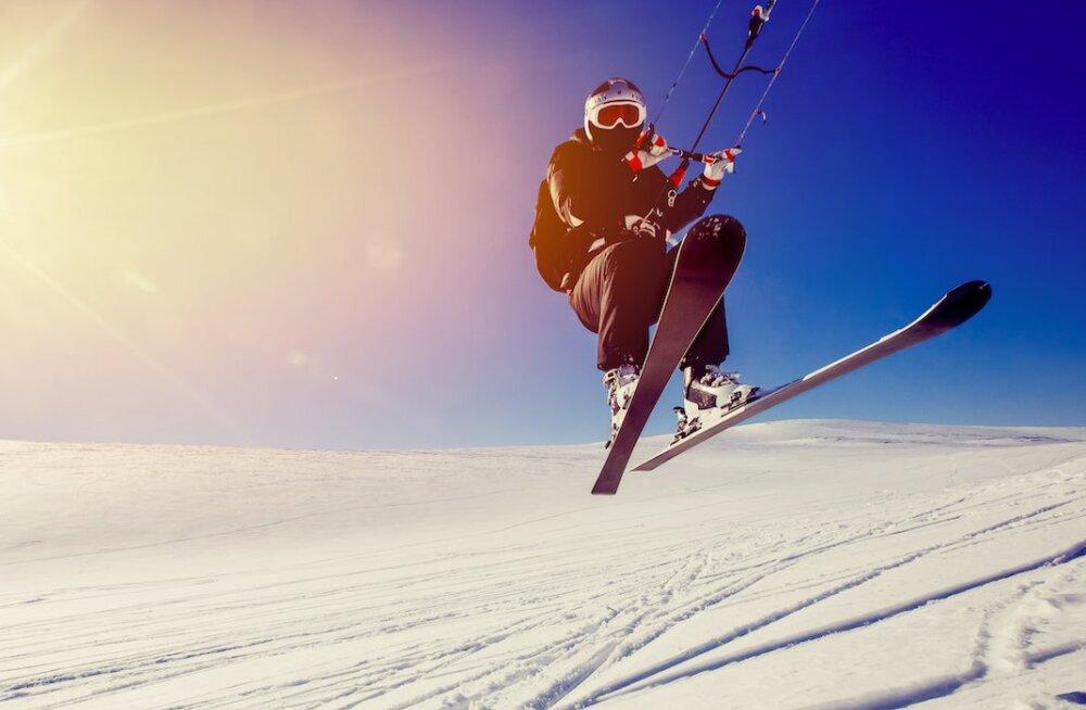 Lumesurf ehk adrenaliinirohke sõit lohega