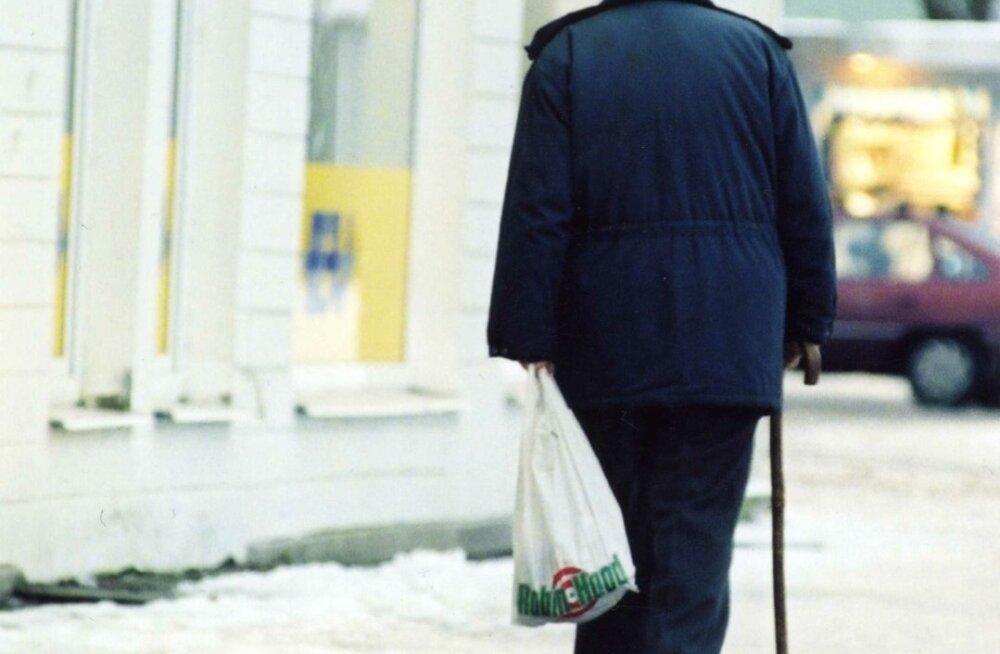 Tulevast aastast hakatakse toetama ligi 85 000 üksi elavat pensionäri