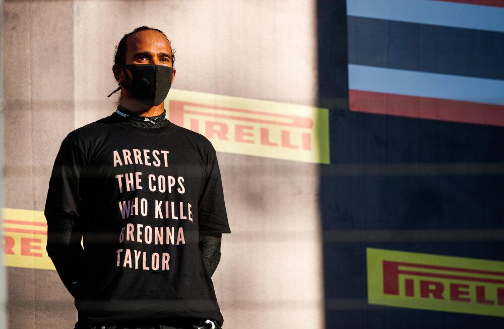 Politseivägivalla vastu protestinud Lewis Hamilton pääses uurimisest