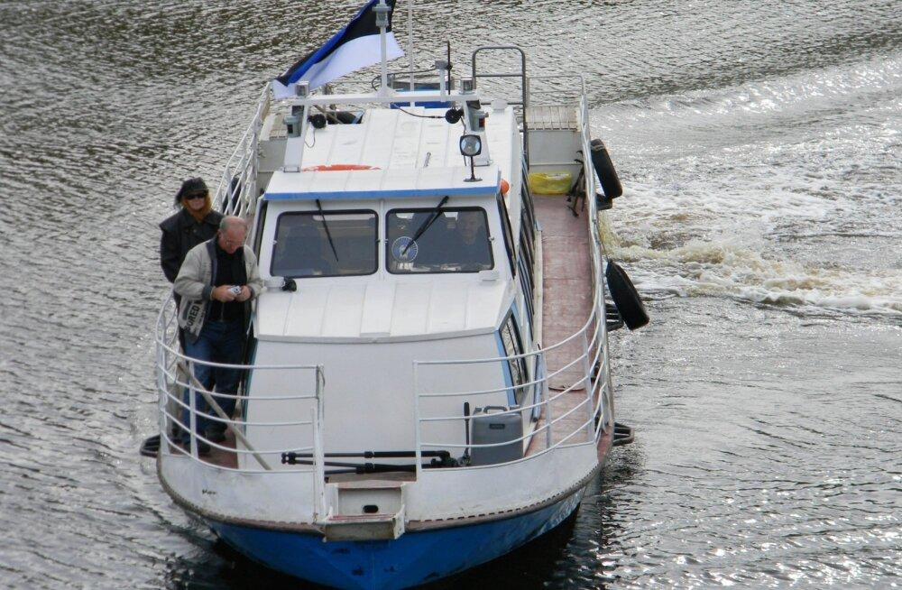 Sellise jõelaevaga liikus võttegrupp neli päeva Vasjuganje kandis.