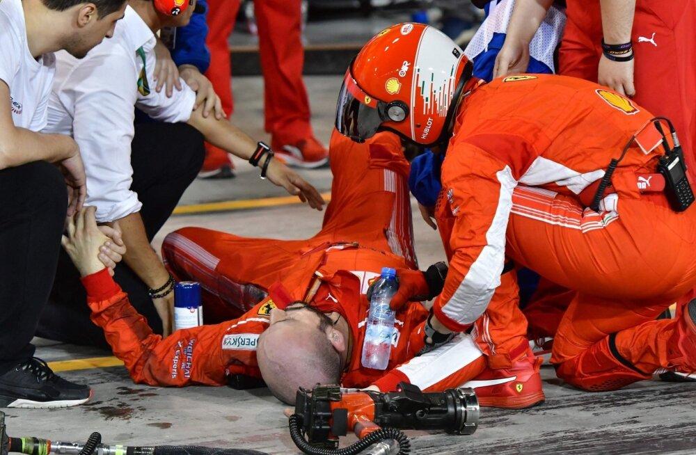 Kimi Räikkönen ajas tiimi mehaaniku alla