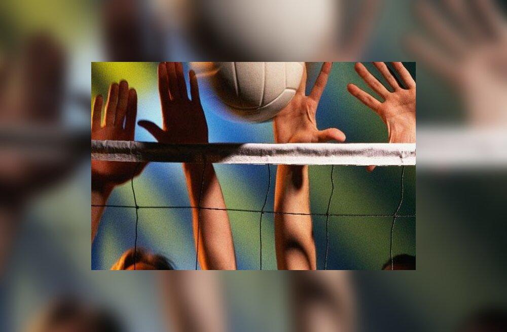 Eesti kohtunik vilistab Londoni paraolümpiamängude võrkpalliturniiri