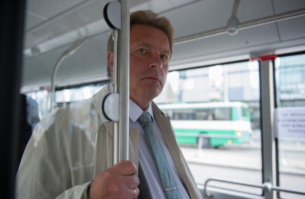 Tallinna Linnatranspordi AS tutvustas uut hübriidbussi
