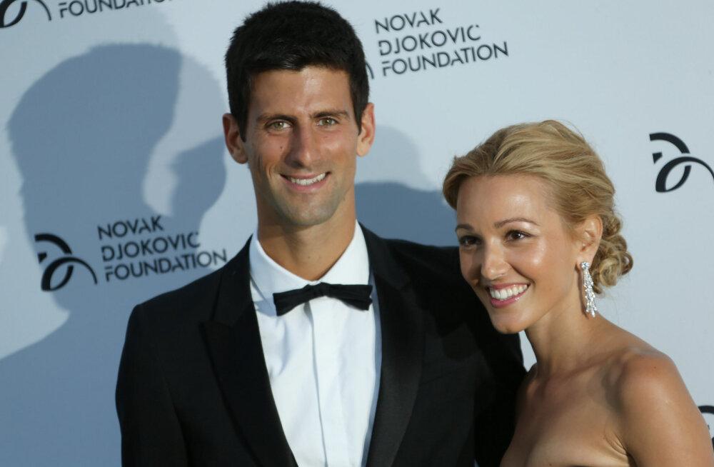 Novak Djokovic oma kaasa Jelenaga