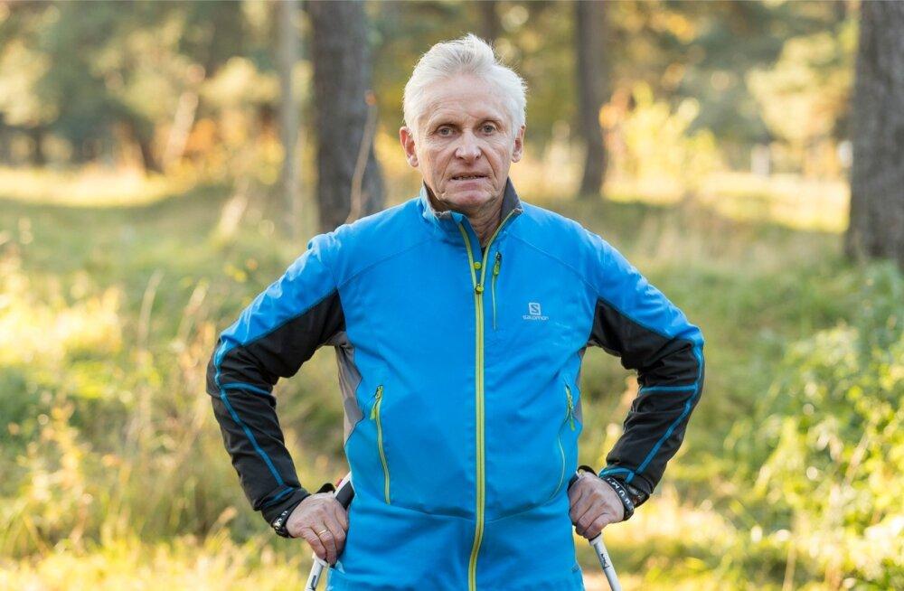 René Meimer on läbinud Rahvusvahelise Kepikõnni Liidu instruktorite koolituse ning omandanud kepikõnnitreeneri kutse.