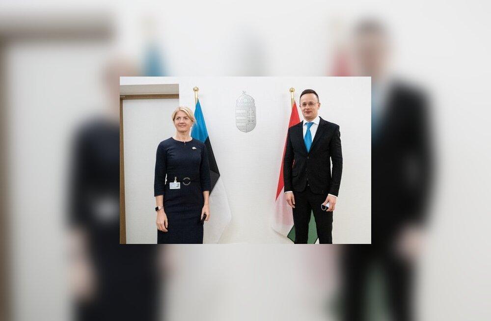 Välisminister Eva-Maria Liimets kohtus Brüsselis Ungari välisminister Péter Szijjártóga.