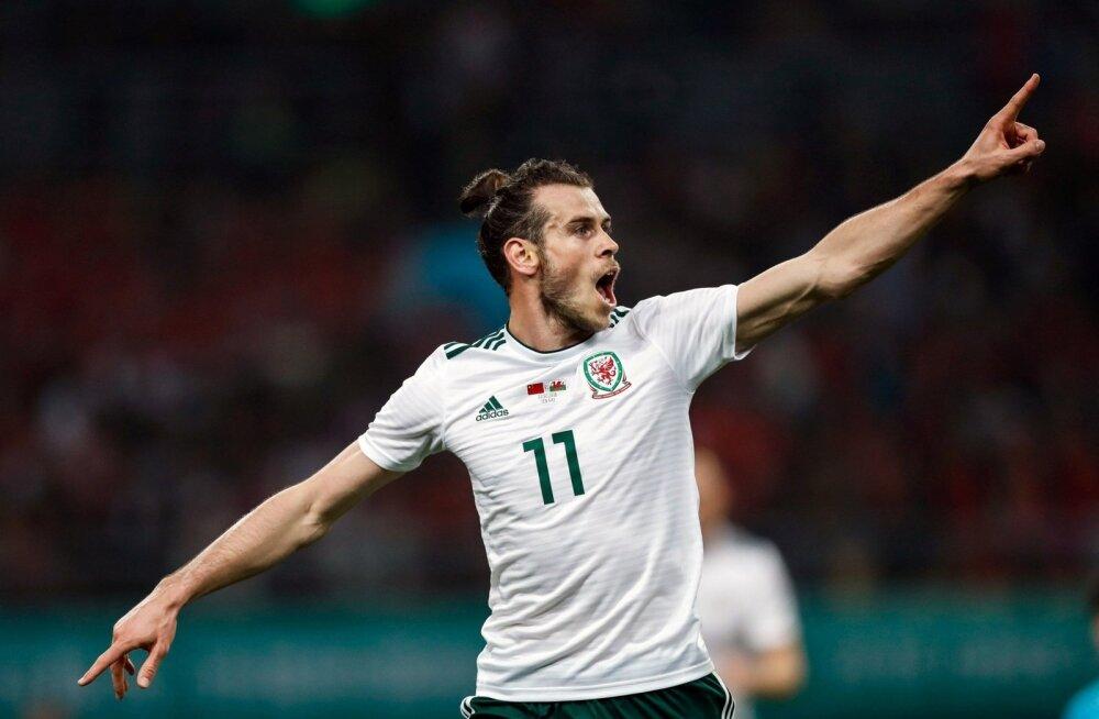 Gareth Bale Walesi koondise särgis.