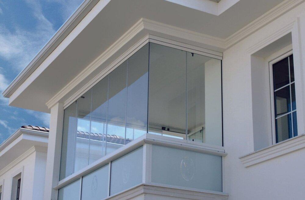Остекление балкона — сколько это стоит?