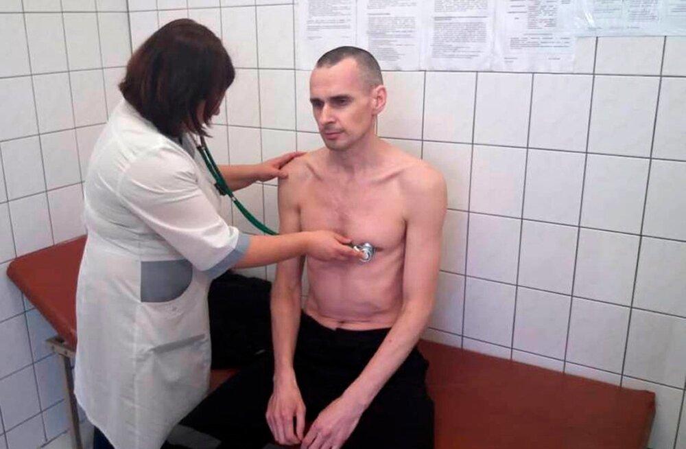 Venemaal vangistatud Ukraina režissöör Oleg Sentsov lõpetas näljastreigi