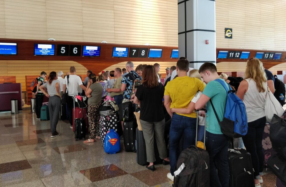 Eestlased lennujaamas lõksus