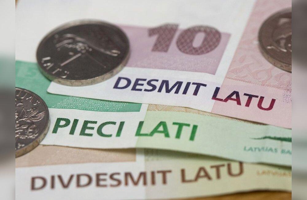 Lätis kogub taas hoogu devalveerimispaanika