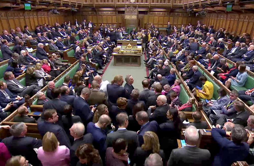 Briti parlamendi alamkoda toetas ühe häälega Brexiti ajapikenduse küsimist