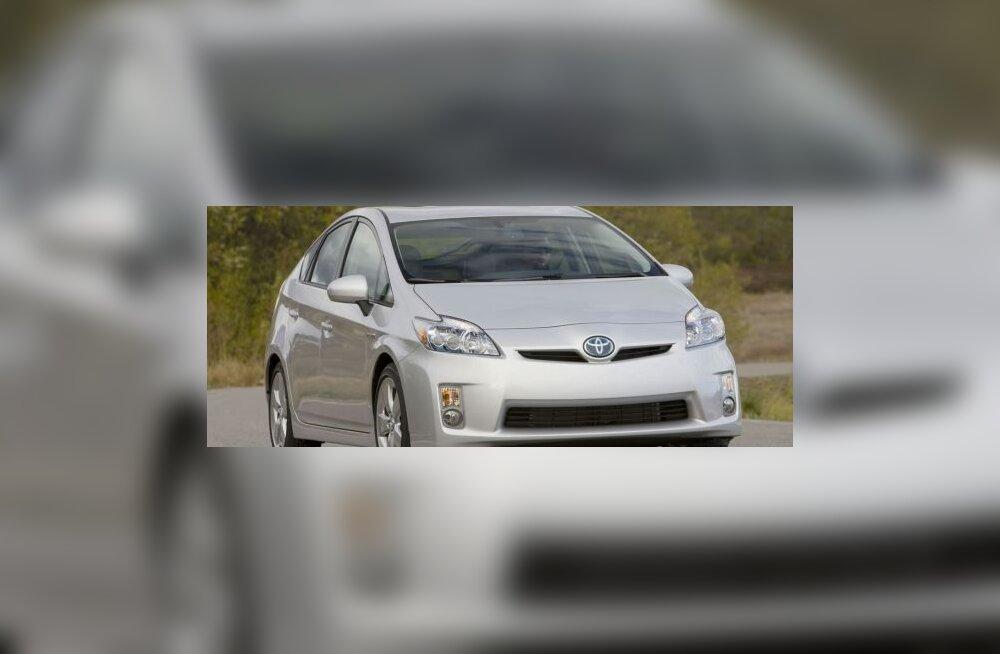 Honda Insight sunnib Toyotat odavama Priuse peale mõtlema