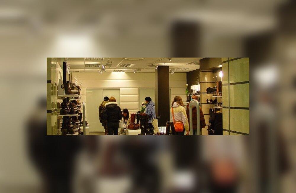 Viru keskuses avati uus jalatsikauplus