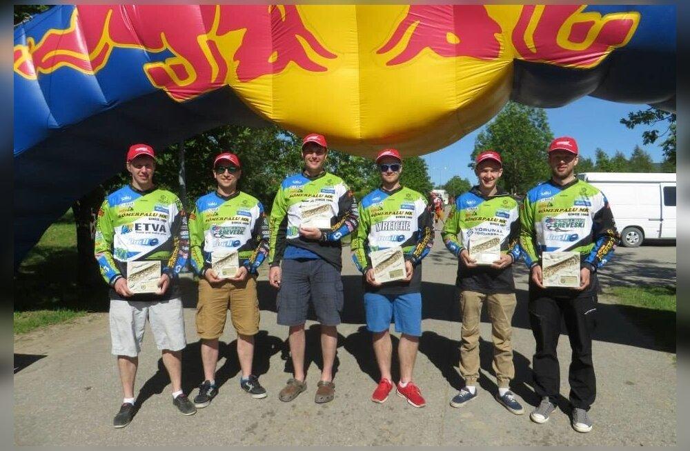 Võidukas Sõmerpalu motoklubi meeskond