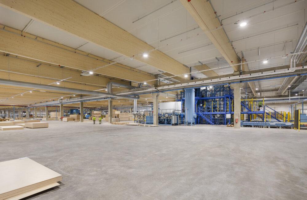 Строительство фанерного завода Metsä Wood в Пярну завершено