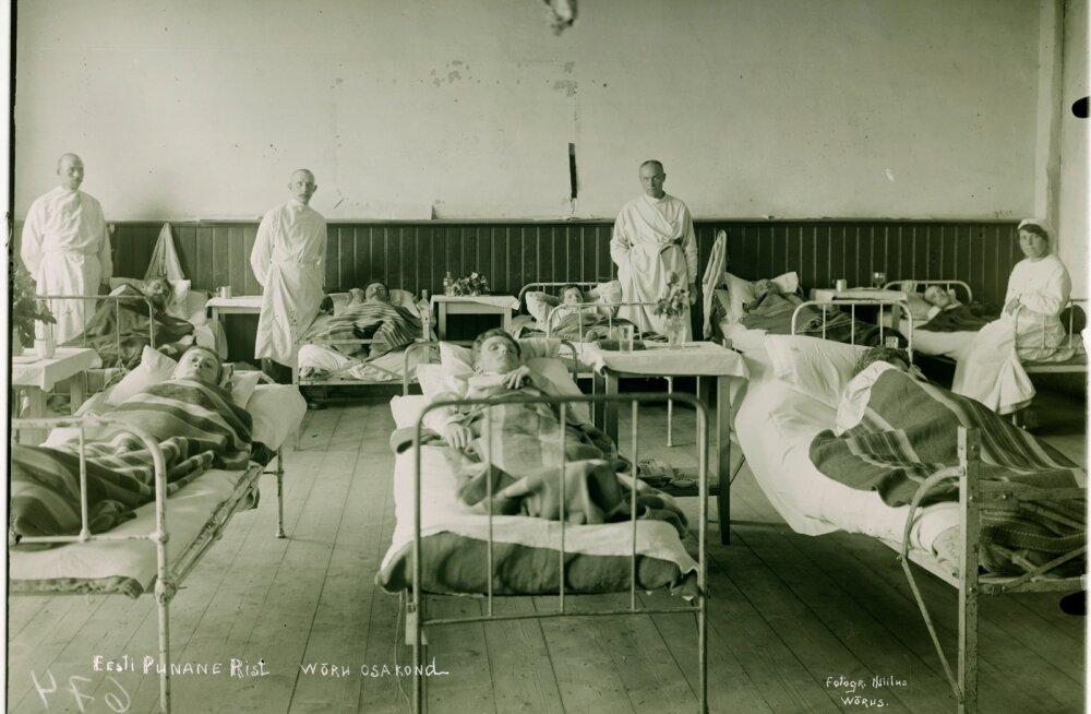 Võru linna vanasse haiglasse sattusid paljud noored mehed, kes võitluses enamlaste vastu haavata said. 24. veebruaril 1918 haavata saanud Hans Kulli elu meedikutel päästa ei õnnestunud.