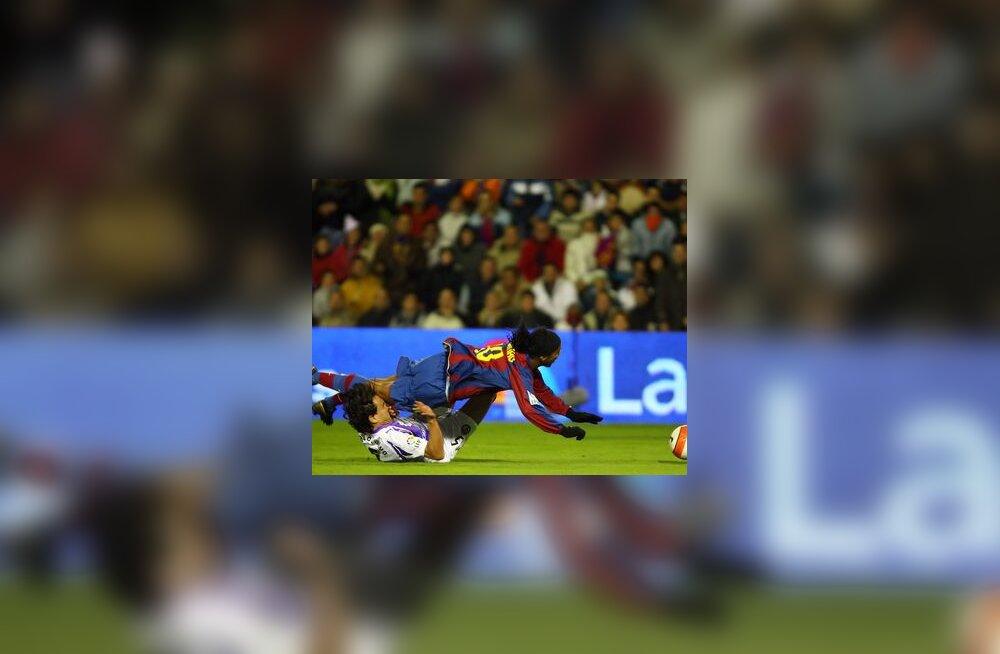 Ronaldinho mängus Valladolidiga