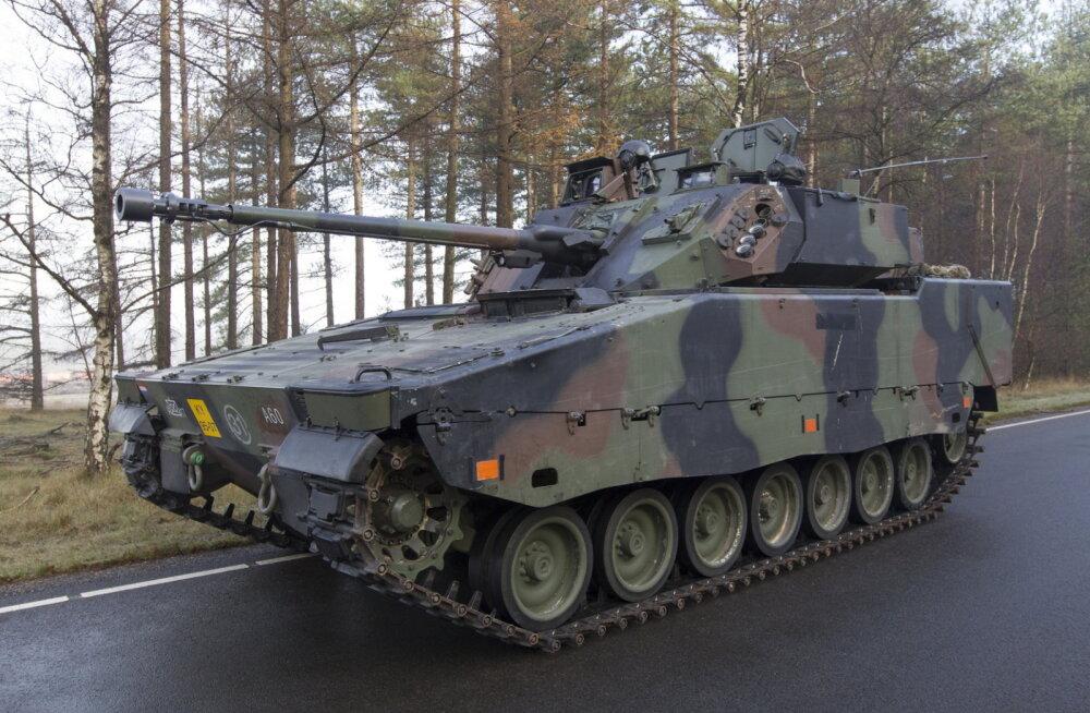 Lõviosa riigikaitsest lahingumasinatele? Mõned numbrid kaitseväe arendamisest