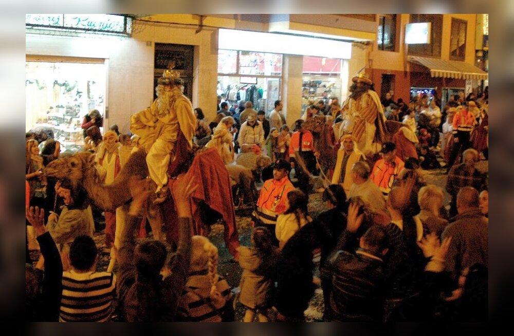Jõulud Kanaaridel: kui on põhjust tähistada, siis kanaaridele õpetajaid vaja pole