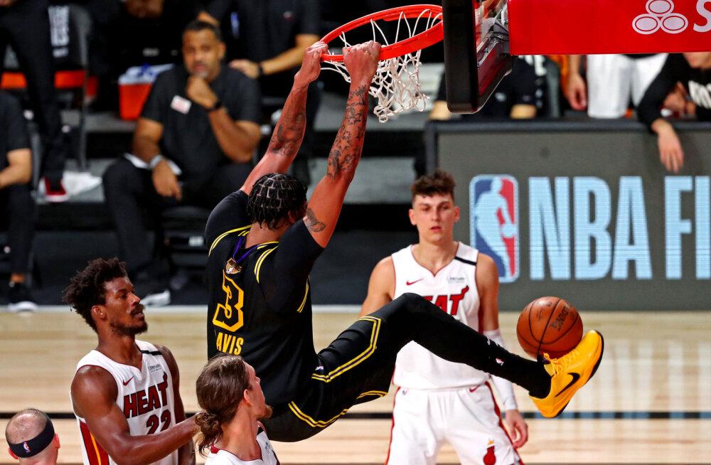 VIDEO | Lakers astus tiitlile sammu lähemale, James ja Davis kombineerisid 65 punkti