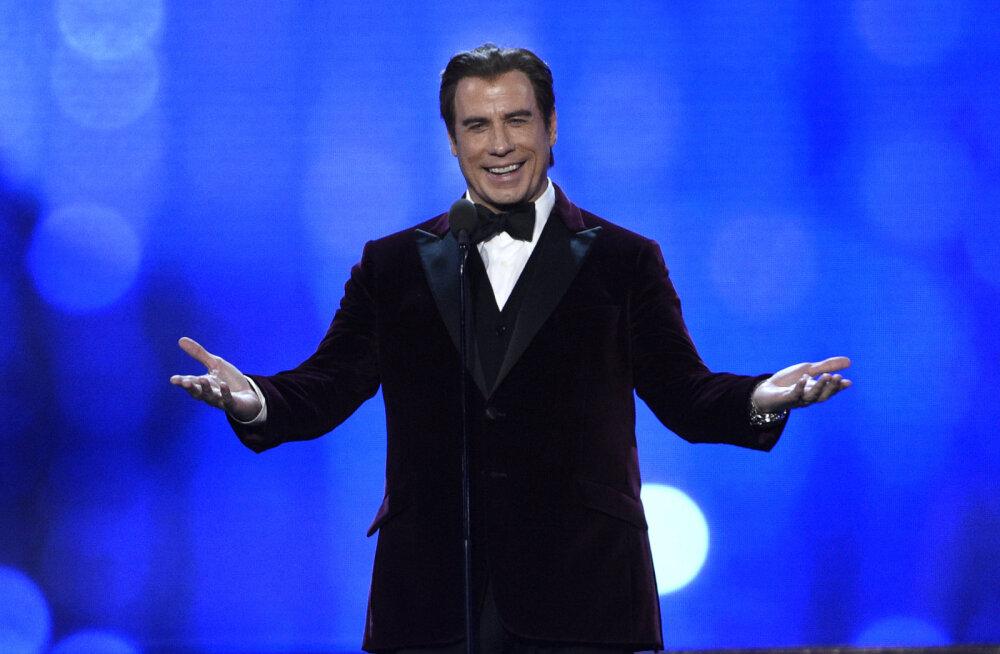 FOTO | Ohoo! John Travolta läheb uuele aastale vastu julge muutusega
