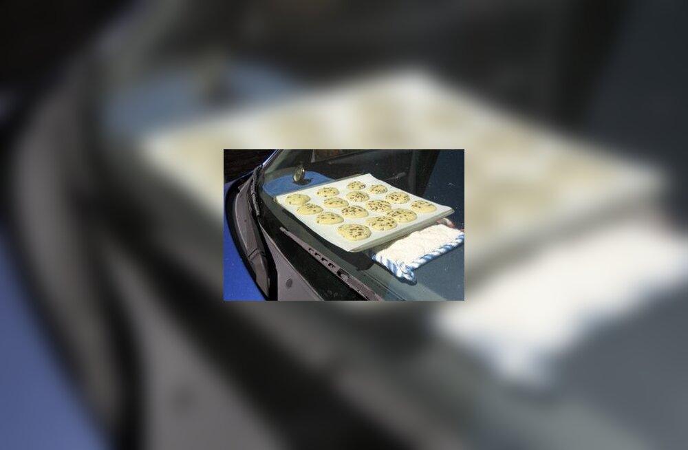 Tööpäeva lõpuks ootab koduteel näkitsemiseks kandik kuumade küpsistega otse armatuurlaual