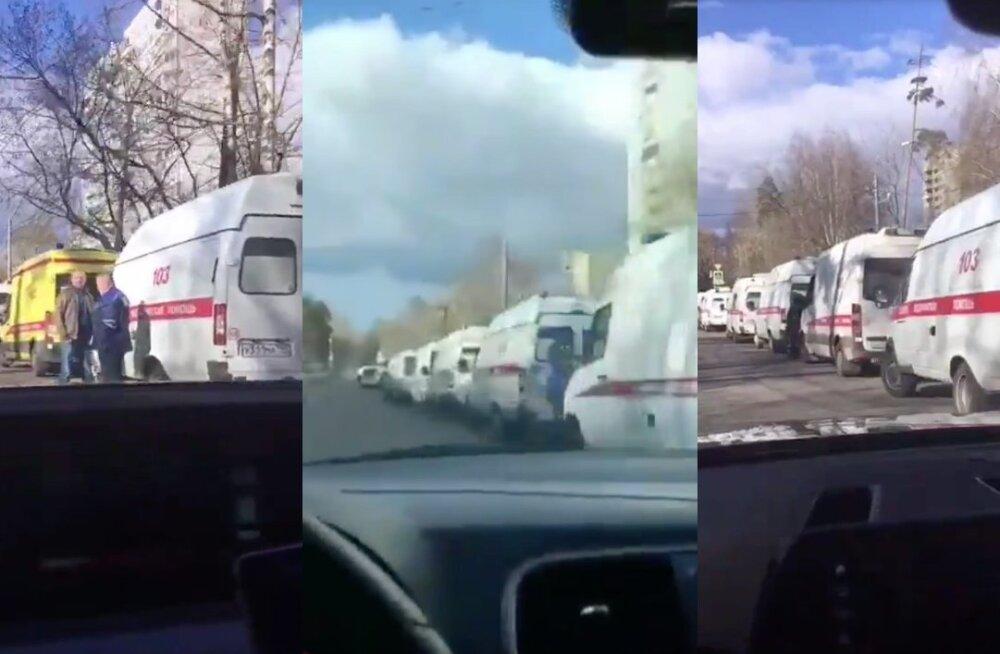 Kiirabibrigaadiummikud Moskvas.