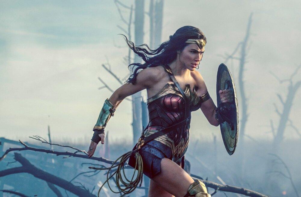<em>Power-wonder</em>-naised vallutavad ekraani