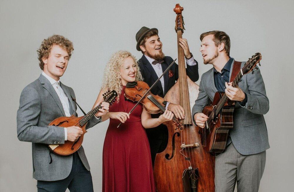 Curly Strings sõlmis Saksamaal plaadilepingu: oleme juba mõnda aega otsinud koostööpartnereid, kes aitaks meil unistusi täide viia