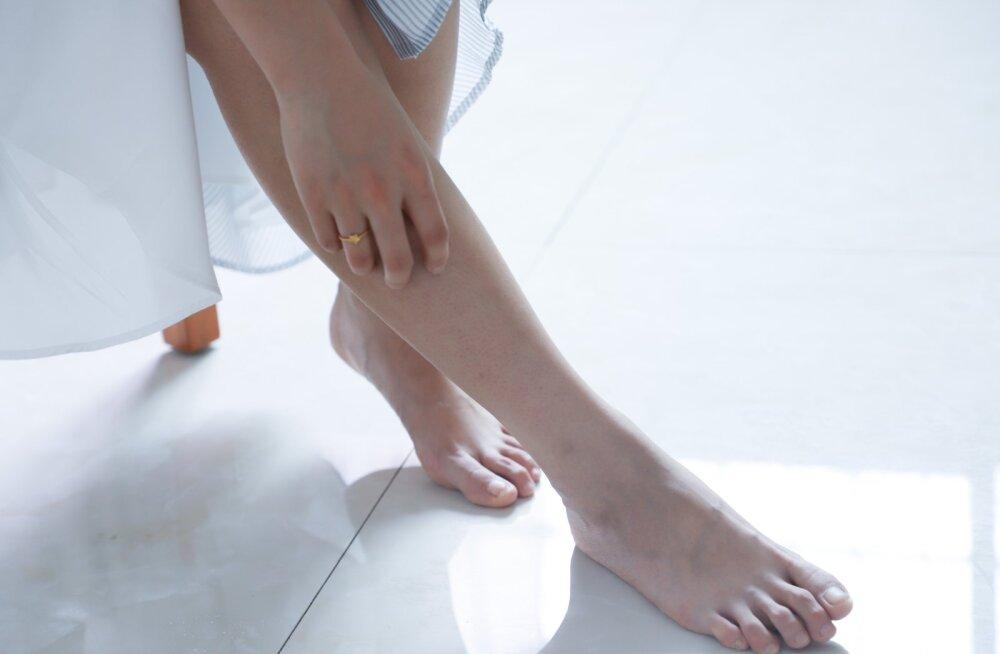 Jalaraviõde selgitab: millised probleemid jalgade tervisega annavad märku, et üldise tervisega on midagi tõsisemat lahti?