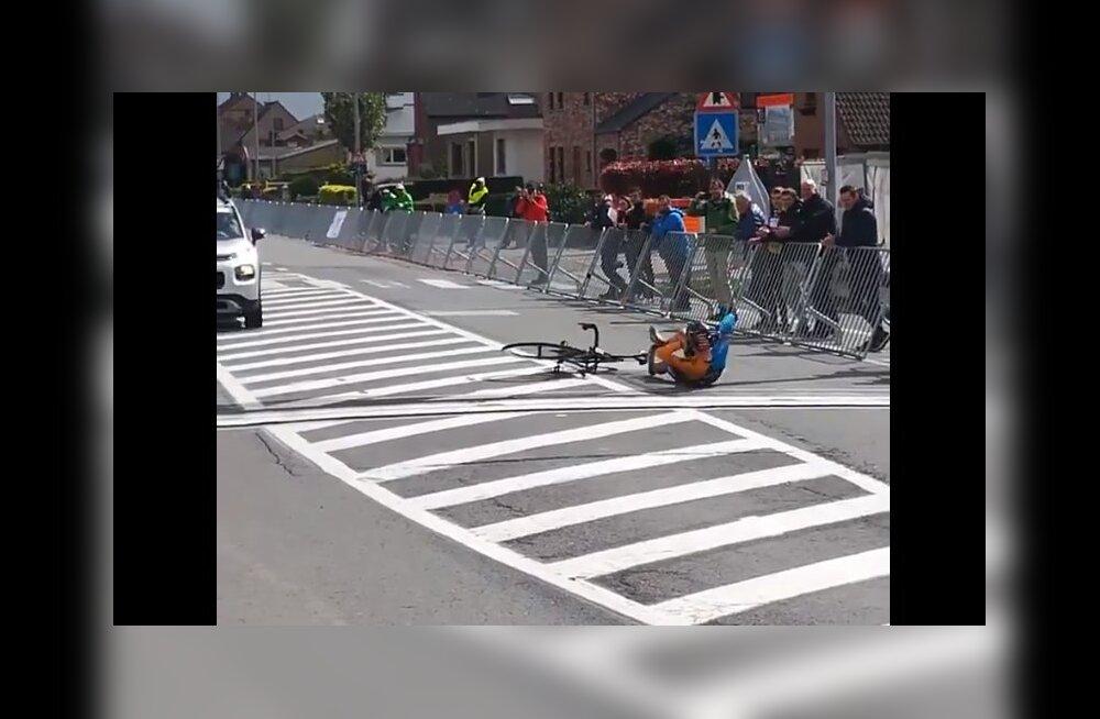 VIDEO | Ülim ülbus? 16-aastane jalgrattur ületas finišijoone eriti ebaviisakal moel