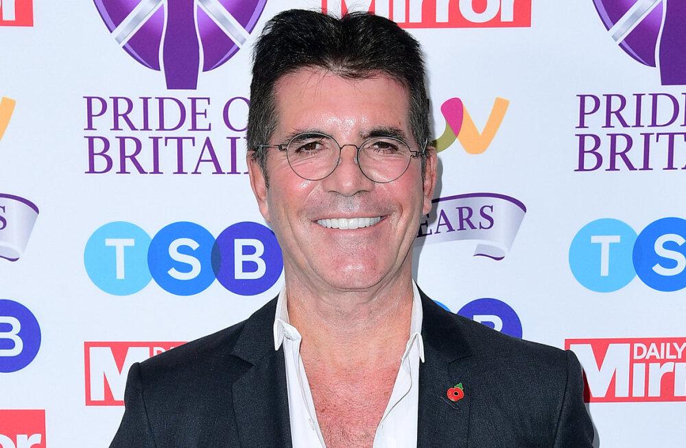 FOTOD | Simon Cowelli šokeeriv kaalulangus: telenäol kukuvad riided sõna otseses mõttes seljast ära!
