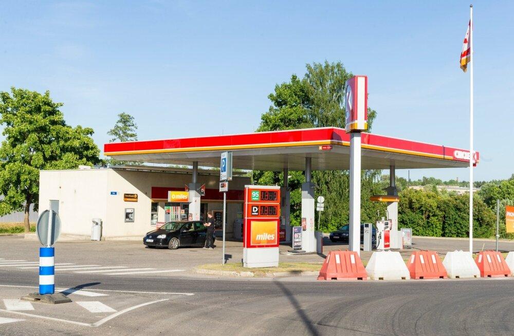 Kütusehinnad on Eestis järjest üles roninud.