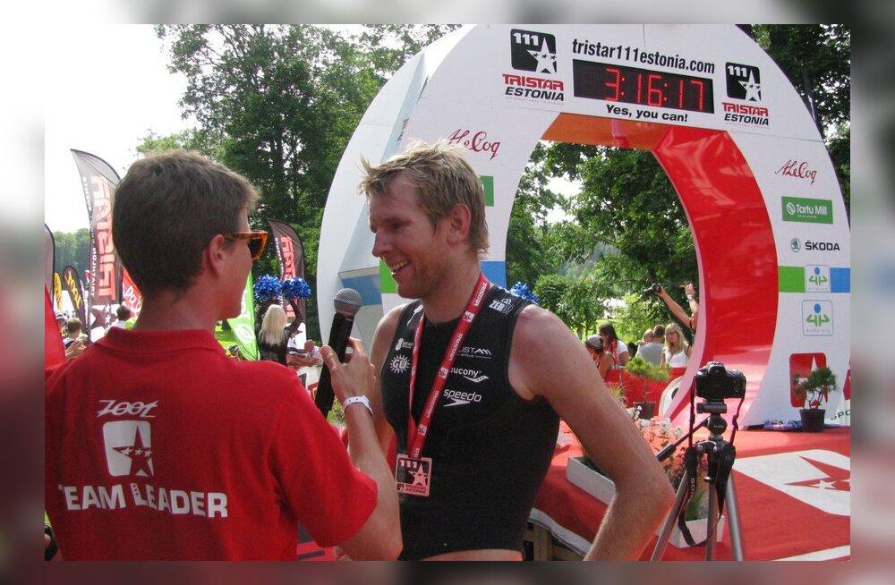 Kirill Kotšegarov intervjuud andmas, triatlon