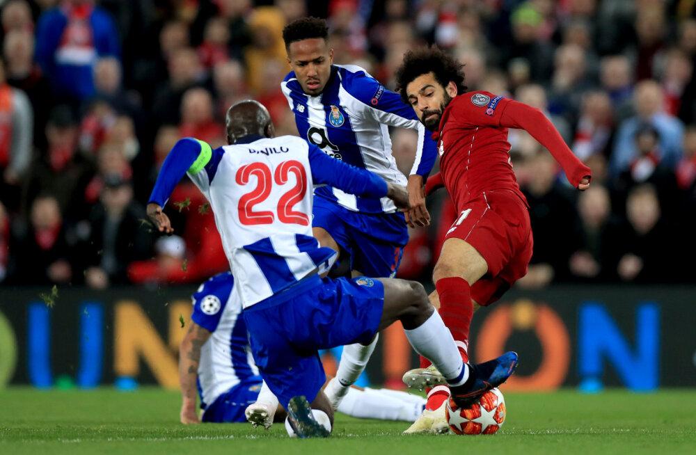 FOTO   Iker Casillas vihjas sotsiaalmeedias kohtunike eksimusele, Mohamed Salah oleks pidanud saama punase kaardi?