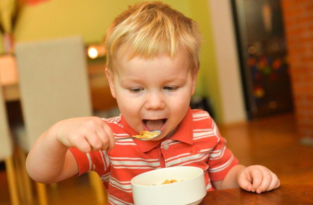 Чем кормить ребенка, когда он болеет